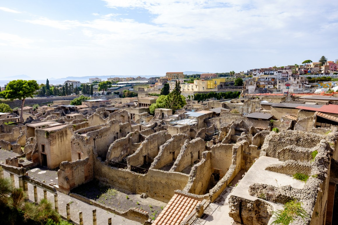 Above the excavation of Herculaneum